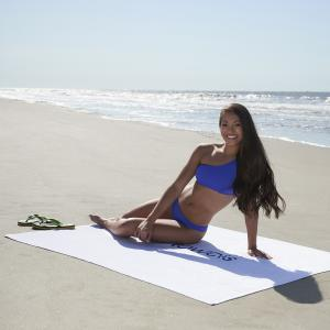 White Oversized 16.5Lb./Doz. Beach Towel